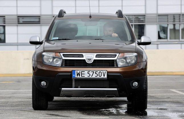 Dacia Duster - przód