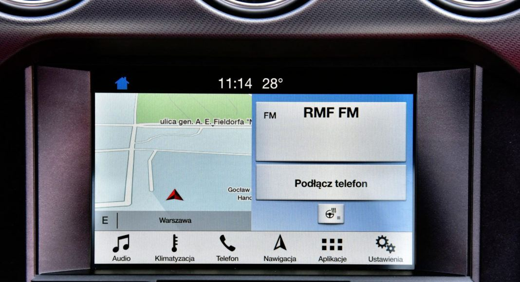 Ford Mustang FL - nawigacja