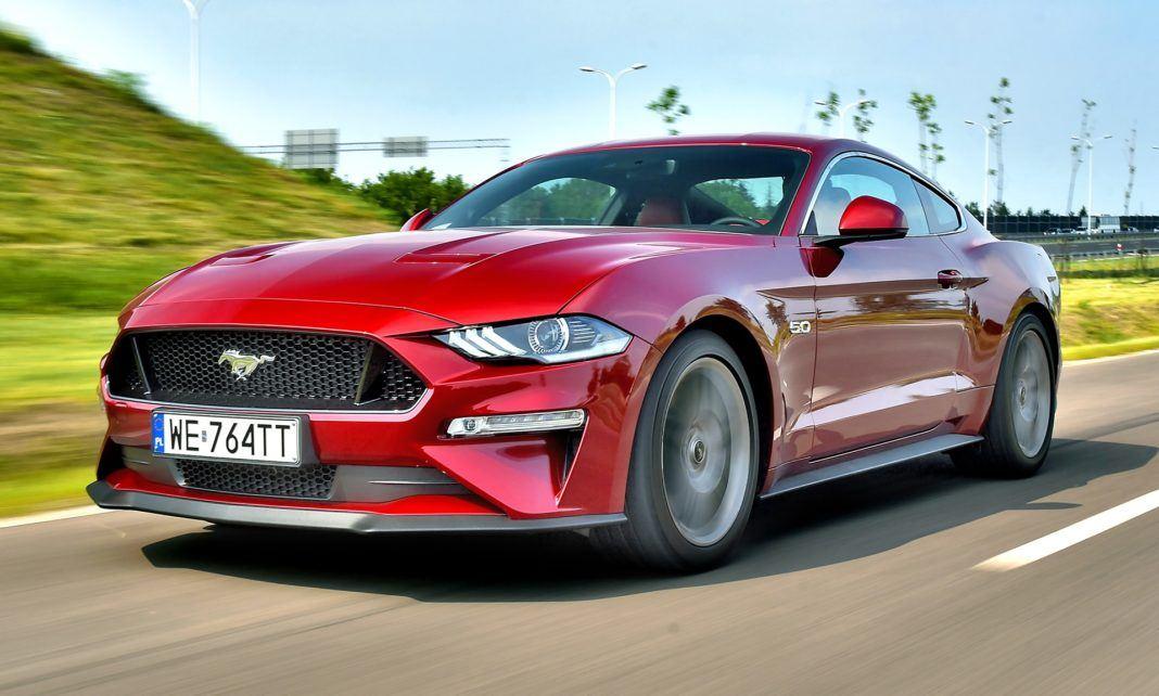 Ford Mustang FL - otwierające
