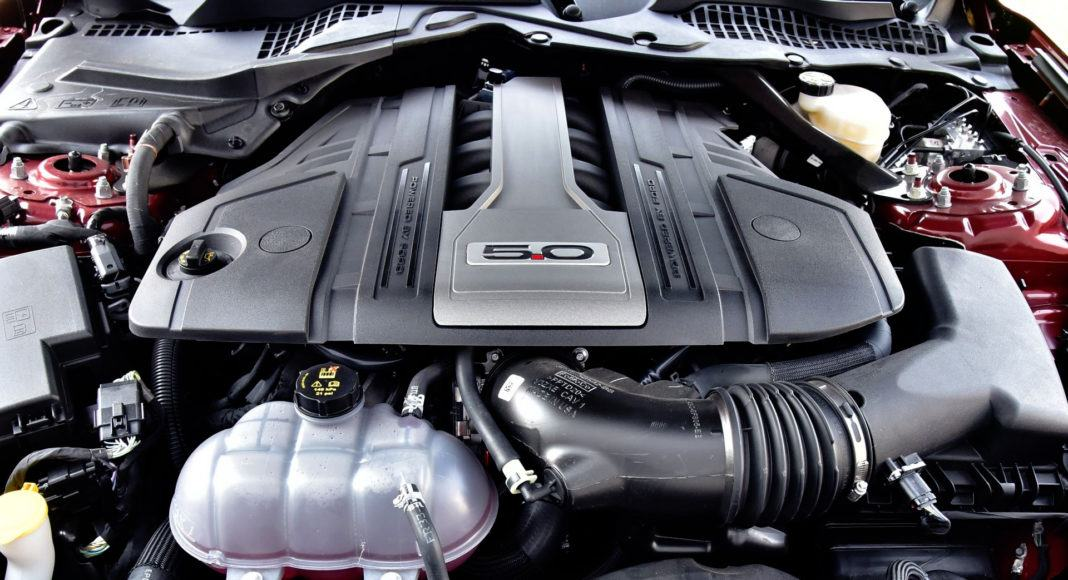 Ford Mustang FL - silnik