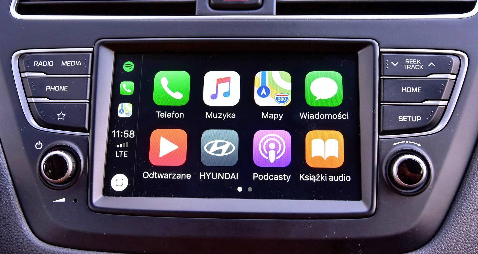 Hyundai i20 - ekran centralny