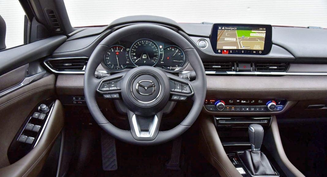 Mazda 6 FL - deska rozdzielcza