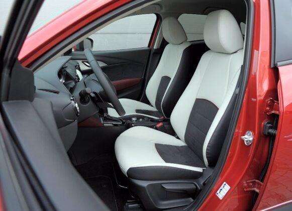 Mazda CX-3 fotel kierowcy