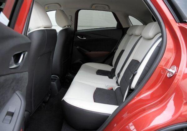 Mazda CX-3 kanapa