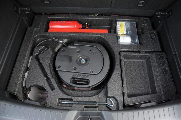 Mazda CX-3 schowek