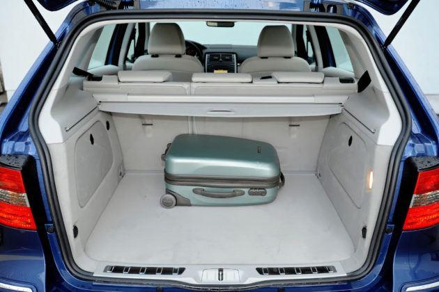 Mercedes Klasy B - bagażnik
