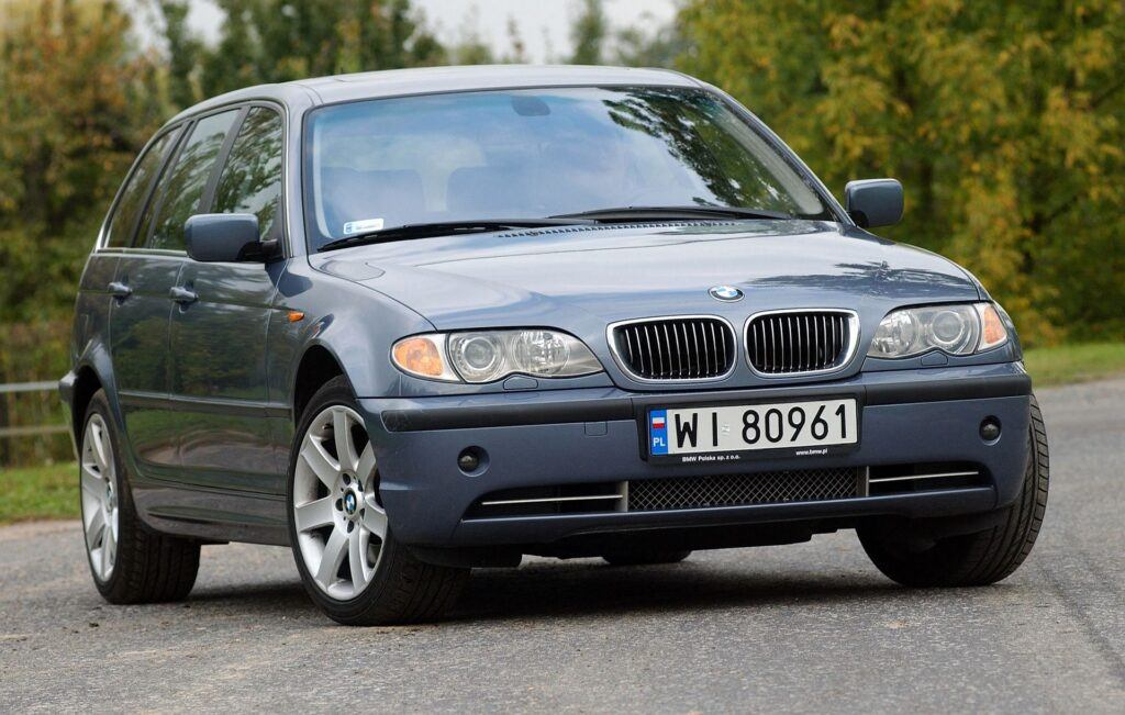 BMW 330xi E46 FL Touring 3.0 R6 231KM 6MT xDrive WI80961 09-2003