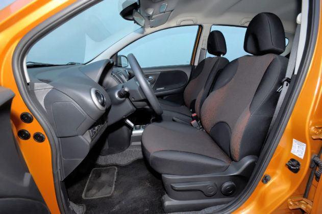 Nissan Note - fotel kierowcy
