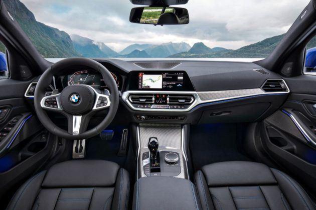 Nowe BMW serii 3 - deska rozdzielcza