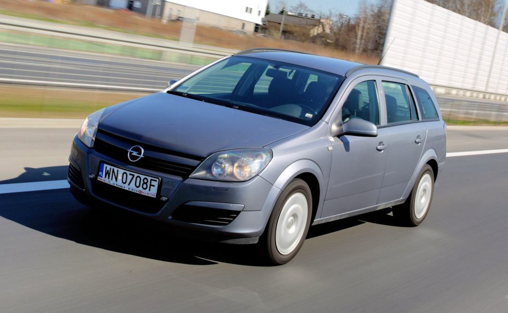 Opel Astra H - dynamiczne