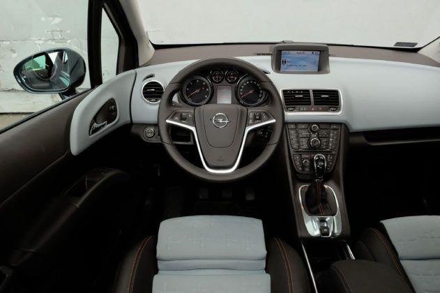 Opel Meriva B - deska rozdzielcza