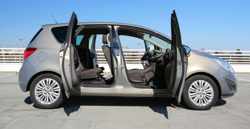 Opel Meriva B drzwi