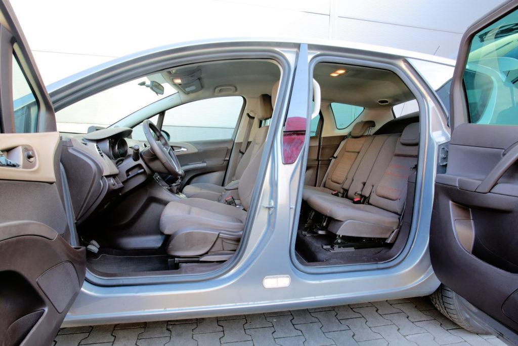 Opel Meriva B - drzwi