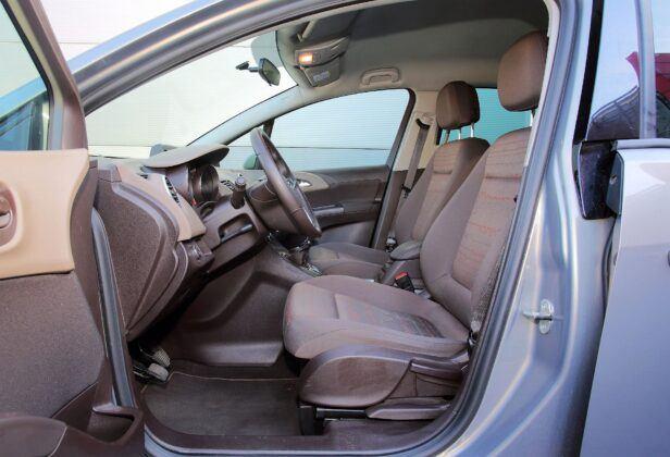 Opel Meriva B fotel kierowcy (2)