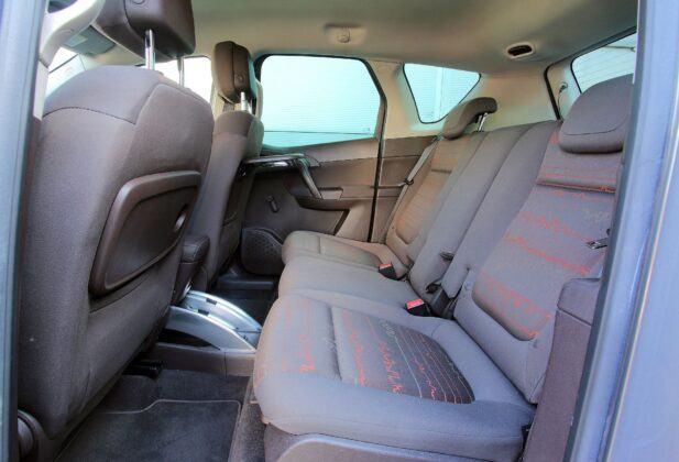 Opel Meriva B kanapa (2)