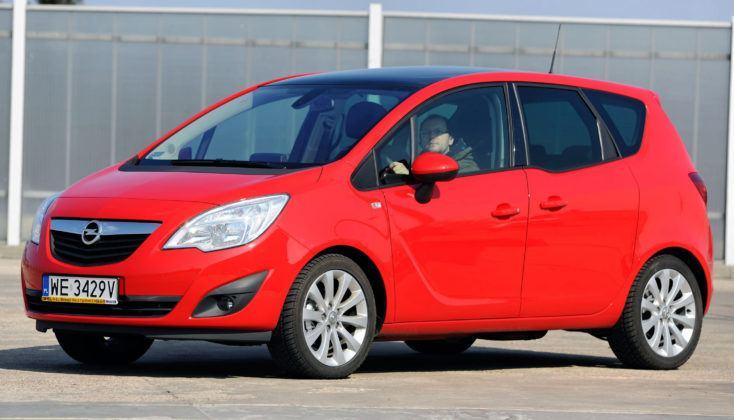 Opel Meriva B - przód