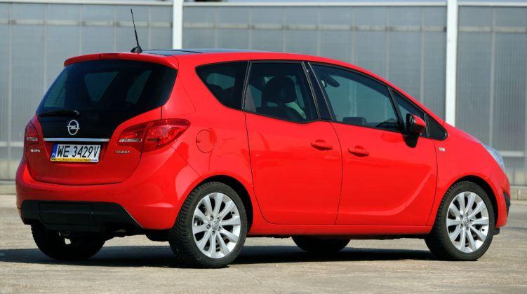 Opel Meriva B - tył
