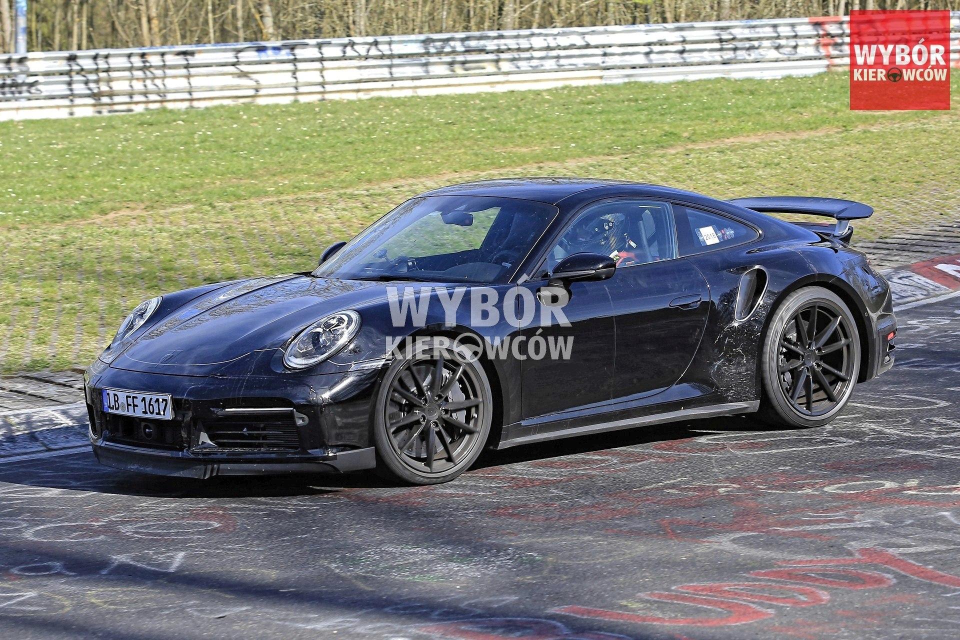 Porsche 911 Turbo (992)