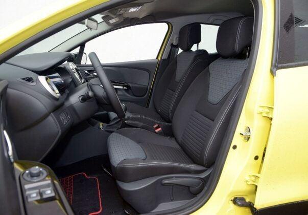 Renault Clio IV fotel kierowcy (2)