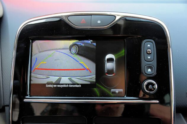 Renault Clio IV - kamera cofania