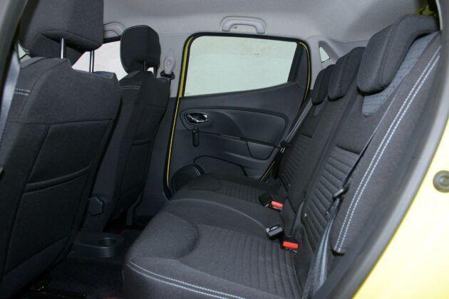 Renault Clio IV kanapa (2)