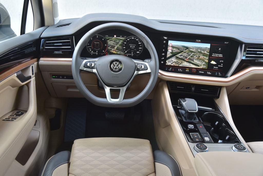 Volkswagen-Touareg-kokpit