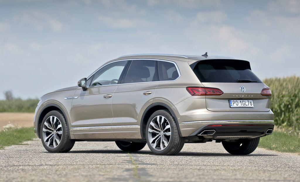 Volkswagen-Touareg-najlepszy-wybór-w-klasie-tył