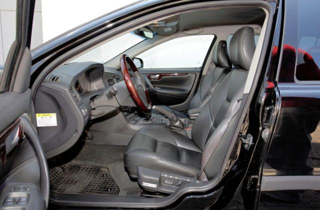 Volvo V70 - fotel kierowcy