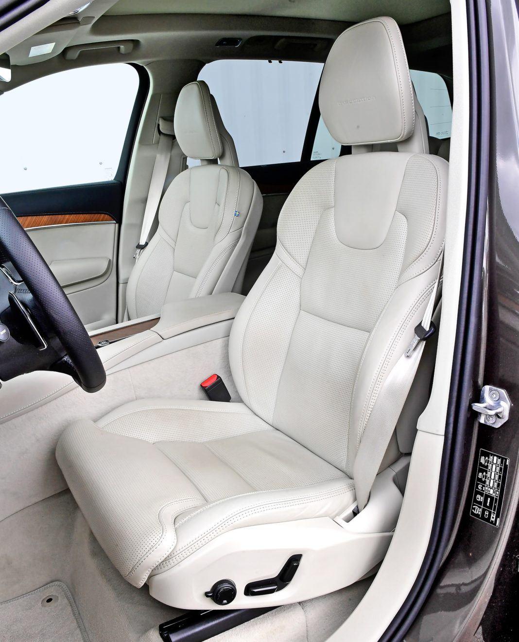 Volvo XC90 D5 - fotel kierowcy