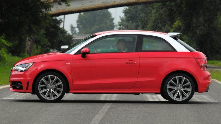 Audi A1 - bok