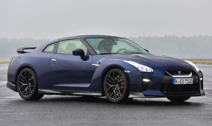 Auta sportowe - najgorszy - Nissan GT-R