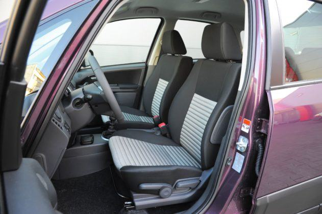 Fiat Sedici - fotel kierowcy