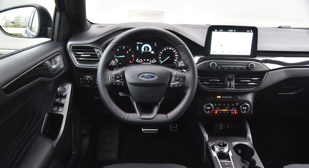 Ford Focus IV - deska rozdzielcza