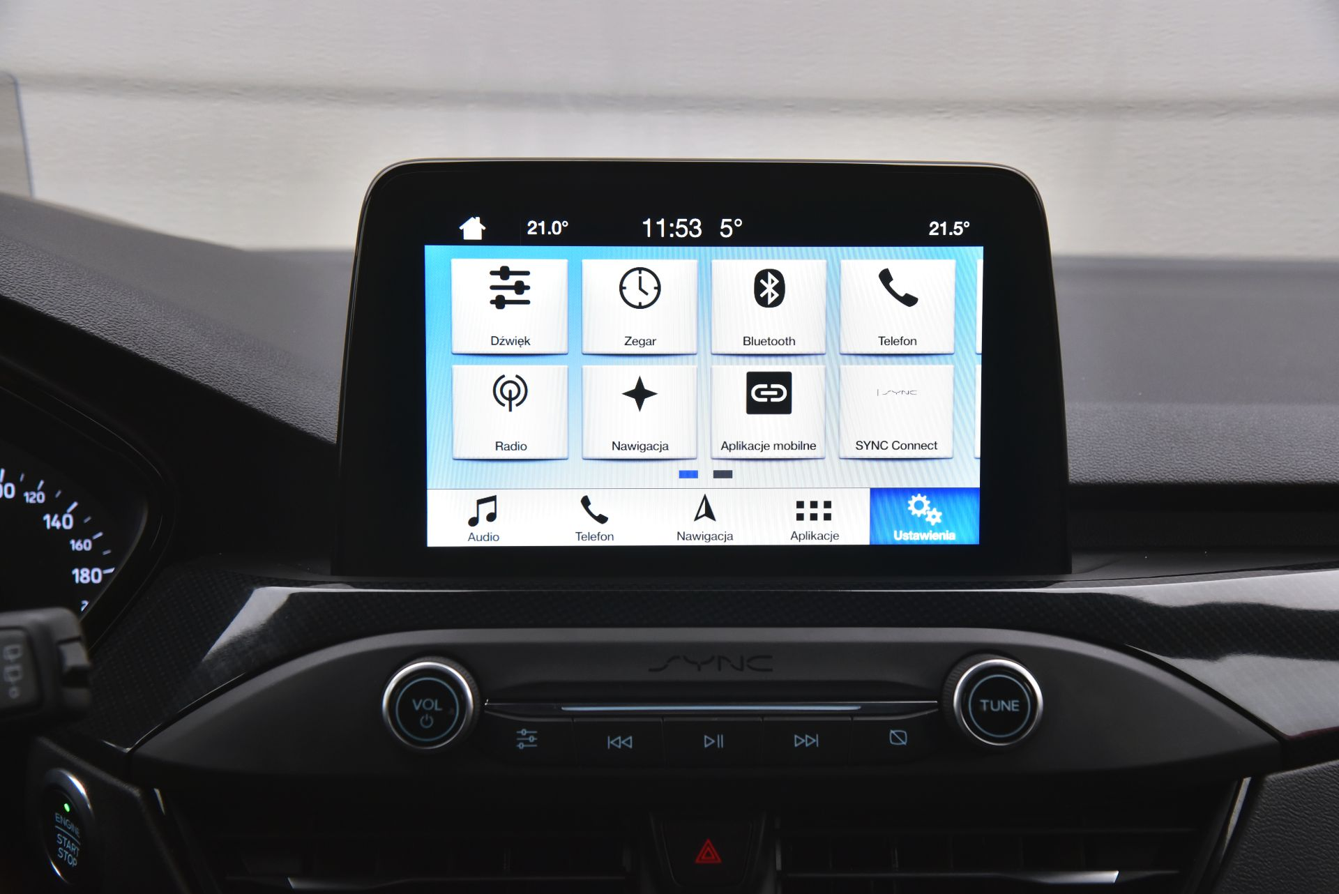 Ford Focus IV - ekran centralny