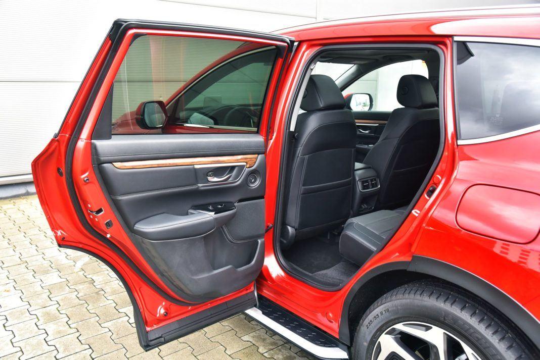 Honda CR-V V - drzwi