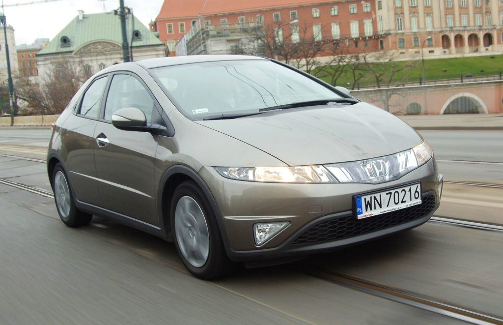 Honda Civic VIII - dynamiczne