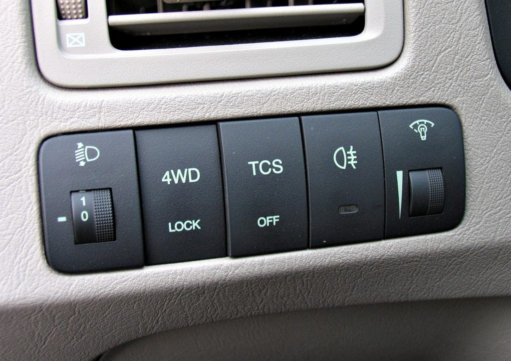 Hyundai Tucson I - blokada sprzęgła