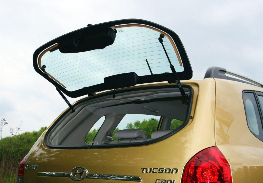 Hyundai Tucson I - podnoszona szyba