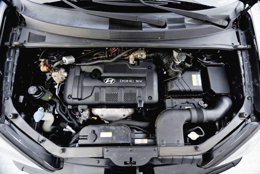 Hyundai Tucson I - silnik benzynowy