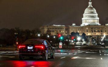 Inteligentne światła w Audi - otwierające