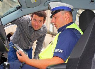 Co grozi za jazdę bez prawa jazdy? Kary, mandaty i inne konsekwencje