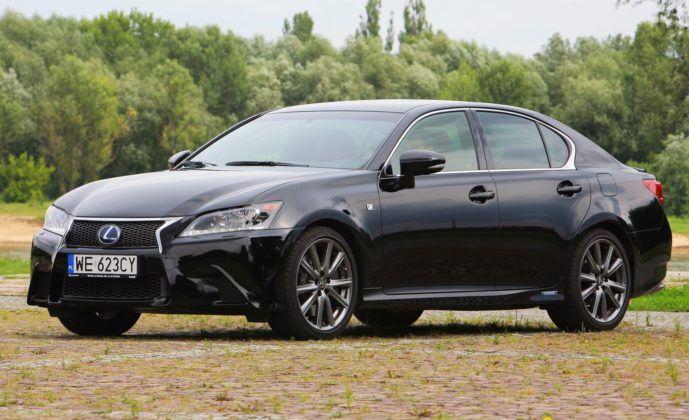 Klasa wyższa - najlepszy - Lexus GS 450h