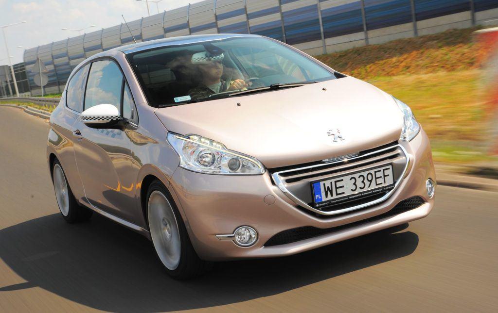 Peugeot 208 - dynamiczne