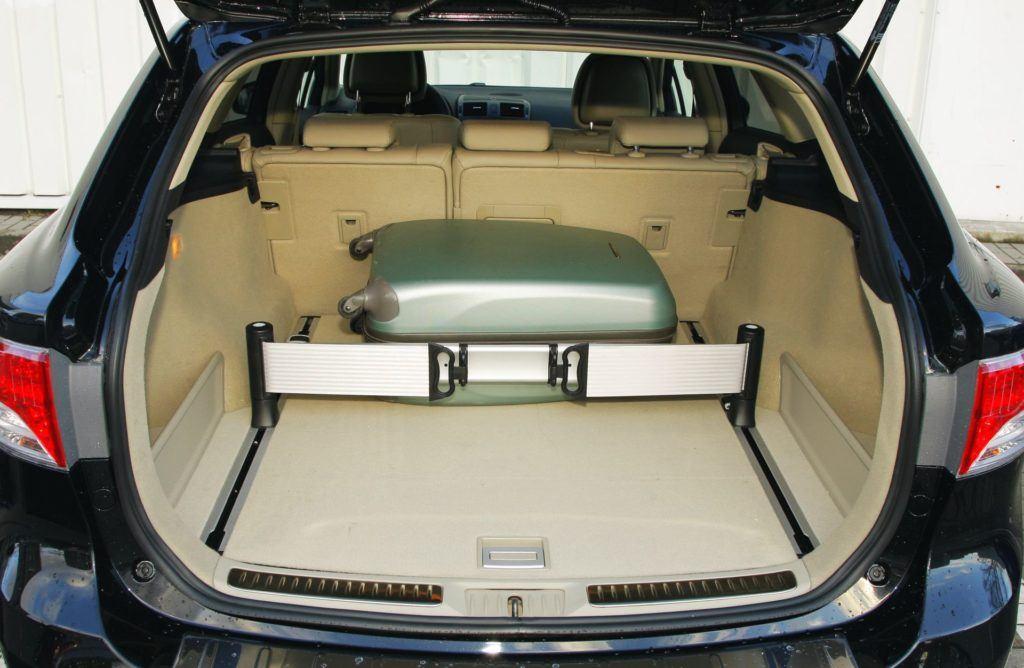 Toyota Avensis III - bagażnik kombi