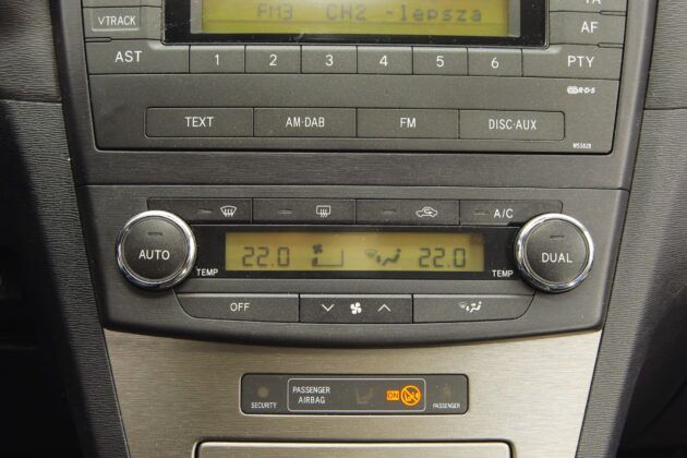 Toyota Avensis III - klimatyzacja