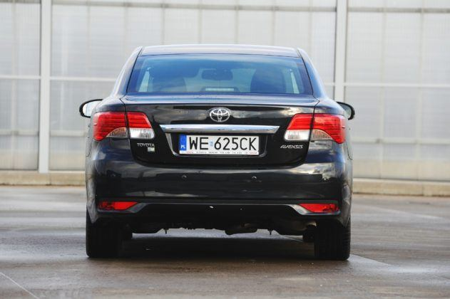 Toyota Avensis III - tył