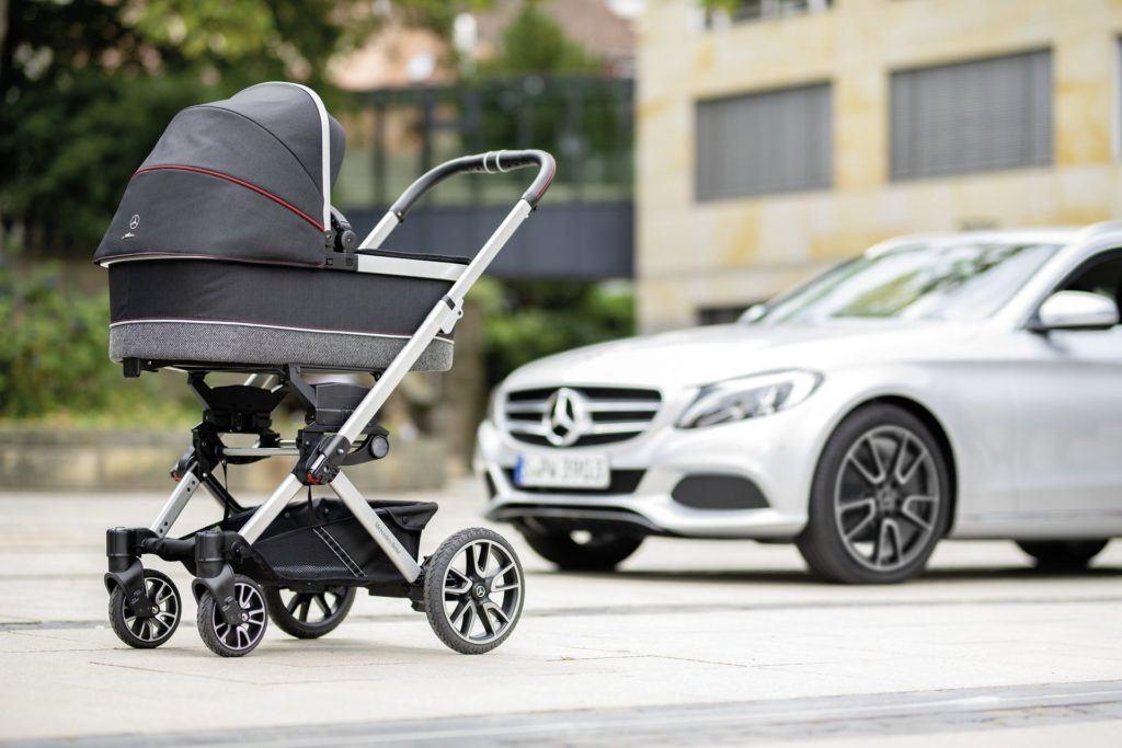Wózek dziecięcy sygnowany przez Mercedesa - Avantgarde