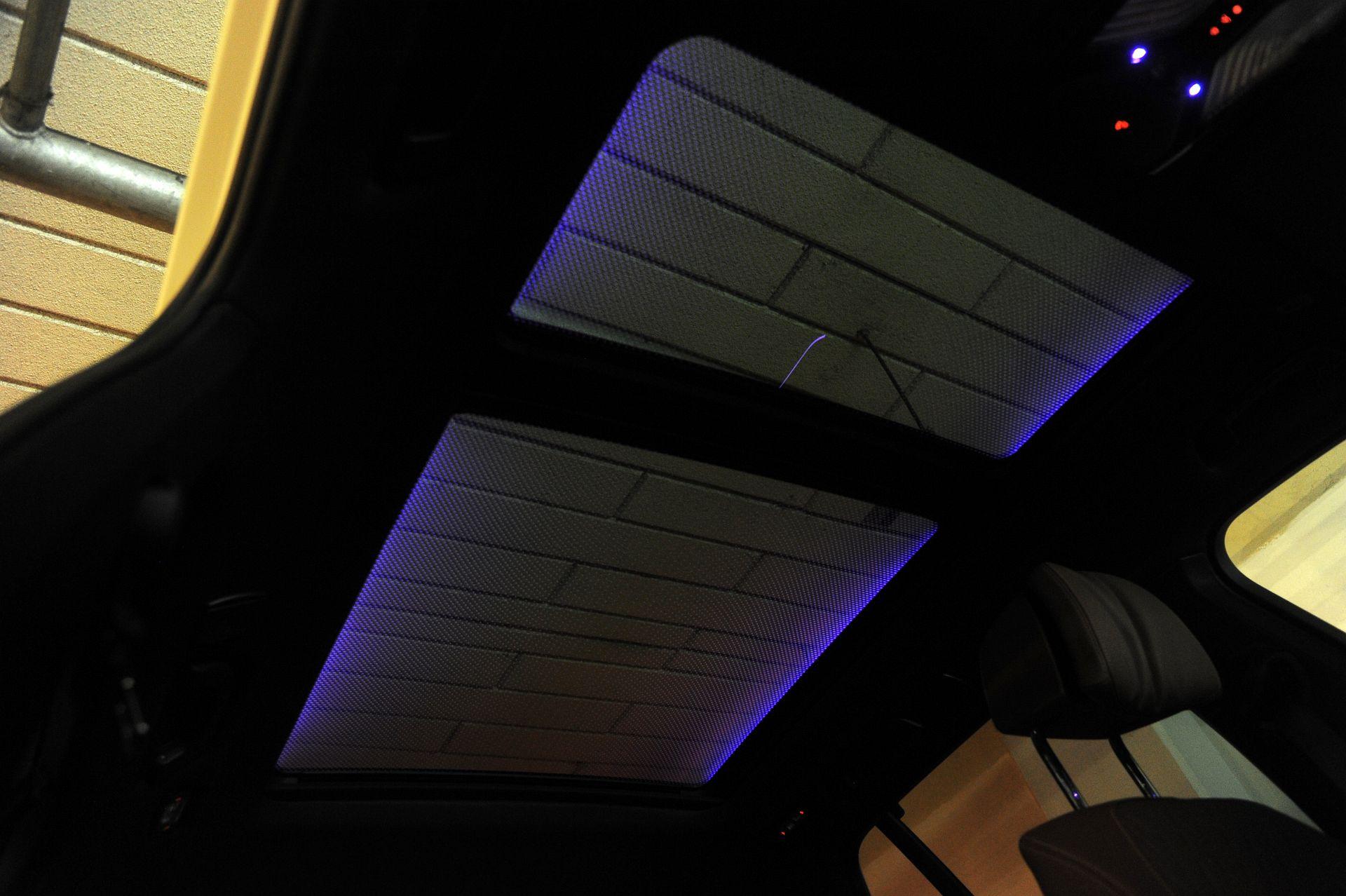 BMW X5 - okno dachowe