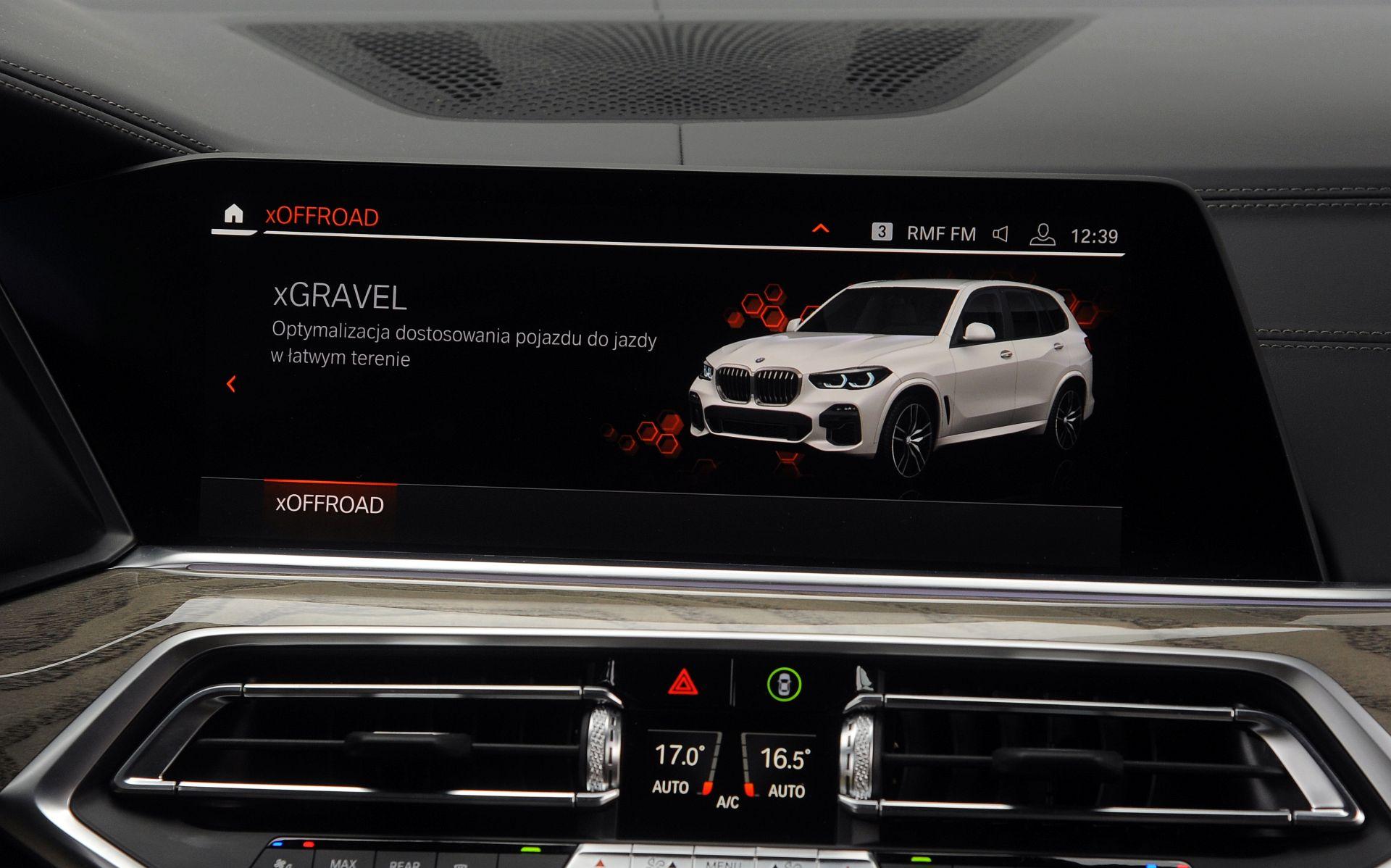 BMW X5 - tryb offroad