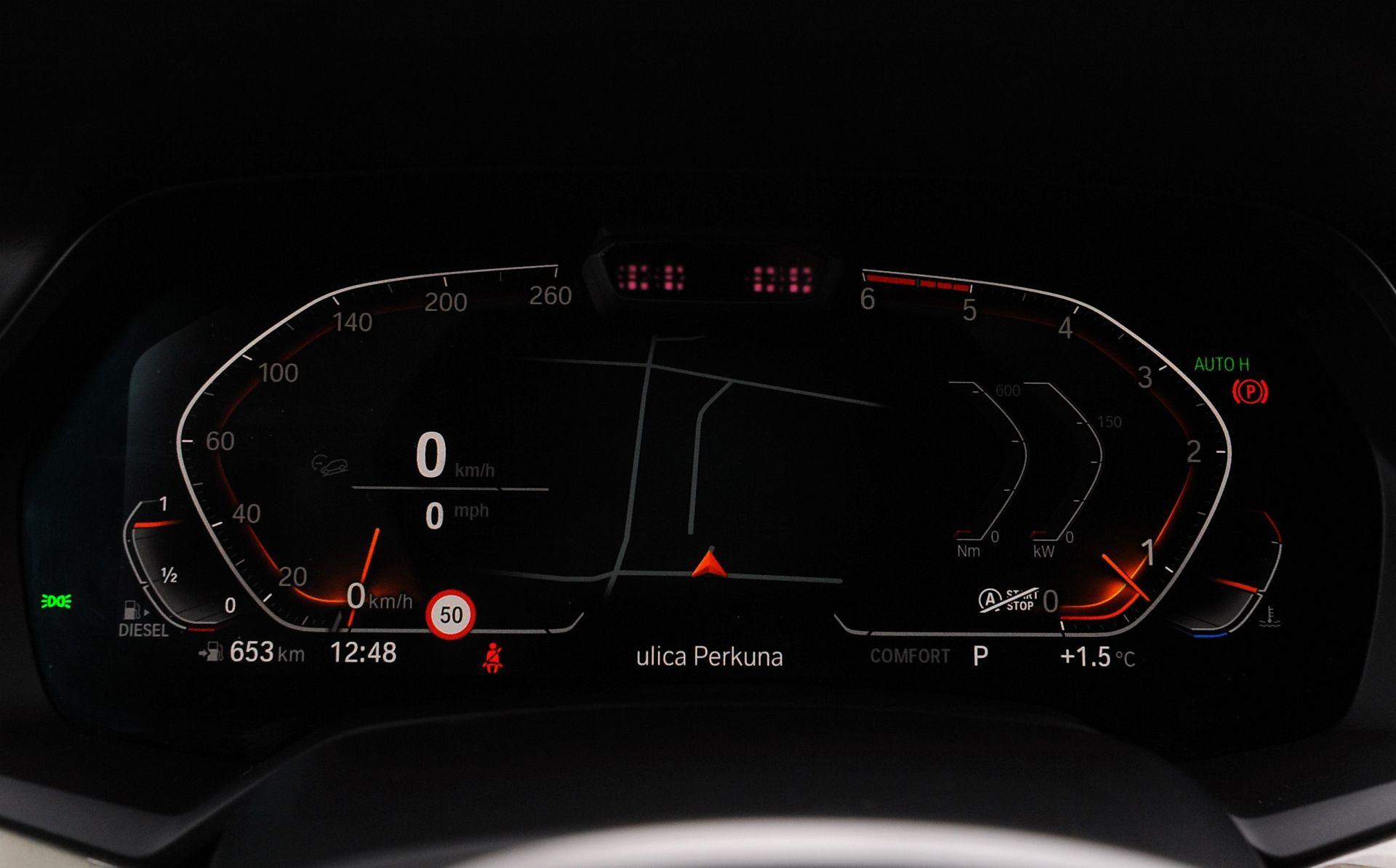 BMW X5 - zegary